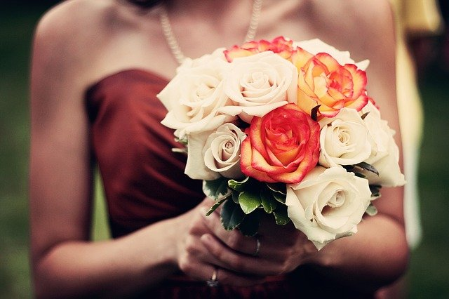 bouquet wedding traditions explained